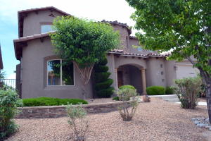 Xeriscape front yard with Stunning Entry