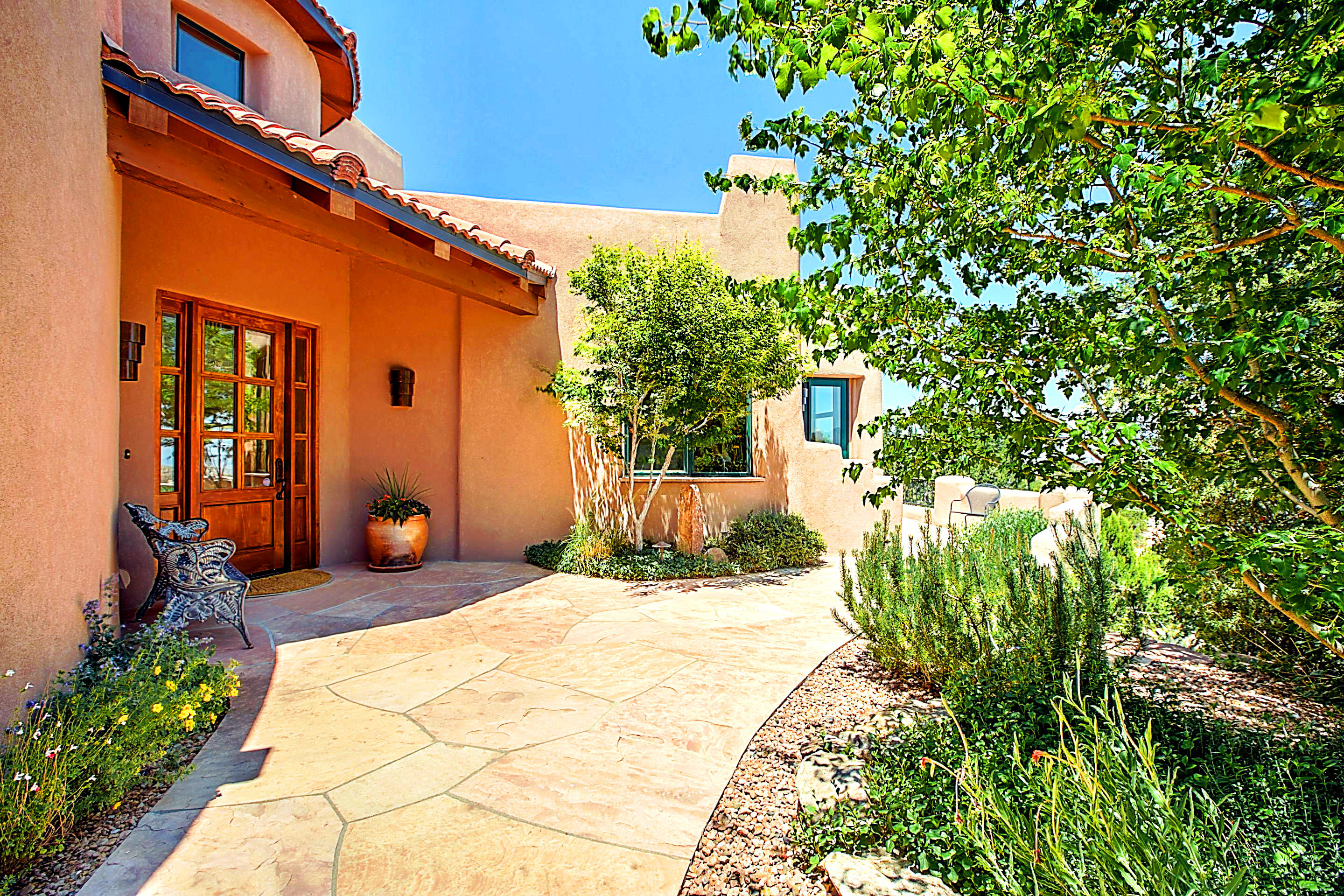 105 CRESTVIEW COURT, PLACITAS, NM 87043