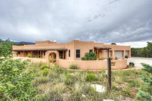 Property for sale at 6 Nizhoni Court, Sandia Park,  NM 87047