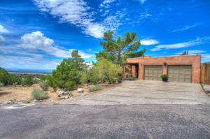 41 TIERRA MONTE STREET NE, ALBUQUERQUE, NM 87122  Photo 3