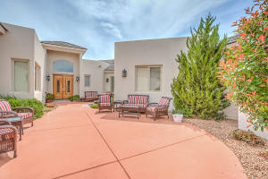 11704 BERINGER AVENUE NE, ALBUQUERQUE, NM 87122  Photo 7