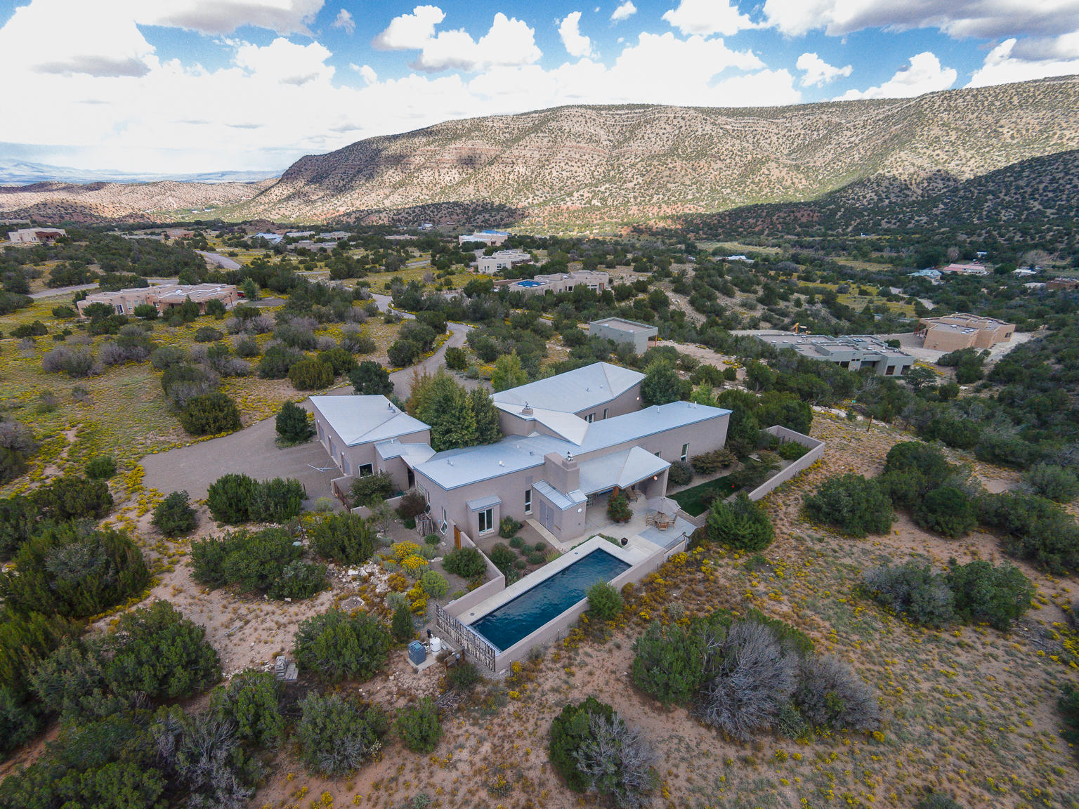 23 CERRITO ROJO ROAD, PLACITAS, NM 87043