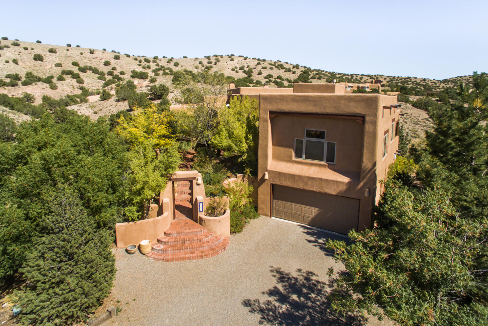 37 CALLE CIENEGA, PLACITAS, NM 87043