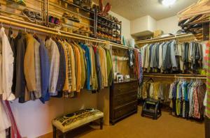Master\'s Closet.