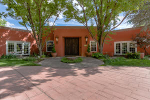 Property for sale at 5415 Eakes Road, Los Ranchos,  NM 87107