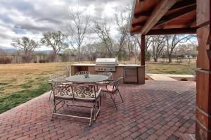 Outdoor patio with built-in grill