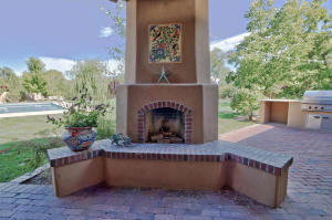 Outdoor fireplace with nice accents