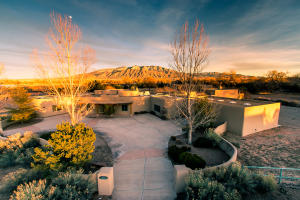 Property for sale at 11 Koontz Road, Corrales,  NM 87048