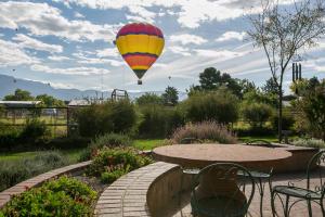 627 Paseo Del Bosque (balloons) HiRes-12