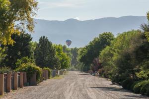 627 Paseo Del Bosque (balloons) HiRes-14