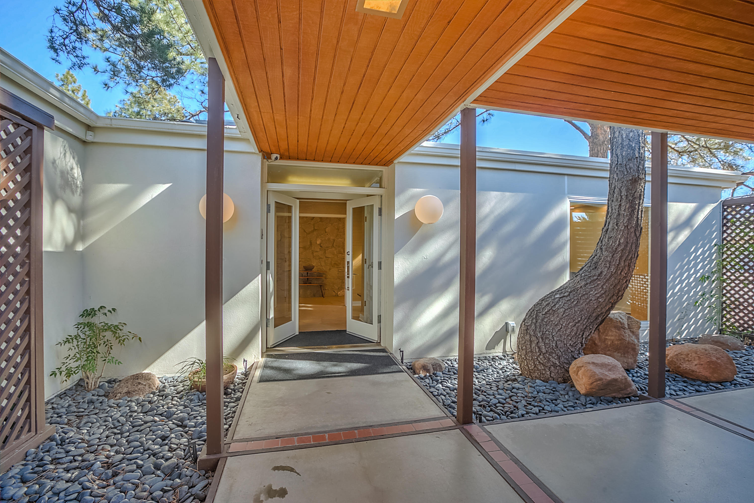 806 MCDUFFIE CIRCLE NE, ALBUQUERQUE, NM 87110