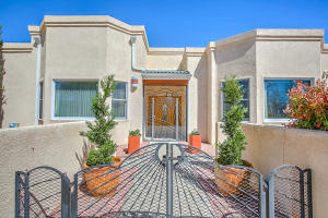 9900 SAN BERNARDINO DRIVE NE, ALBUQUERQUE, NM 87122  Photo 8