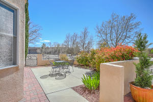 9900 SAN BERNARDINO DRIVE NE, ALBUQUERQUE, NM 87122  Photo 10