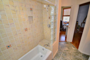 11401 PINO AVENUE NE, ALBUQUERQUE, NM 87122  Photo 16