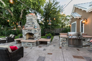 Outdooe fireplace and grill