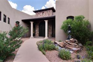 13105 SAND CHERRY PLACE NE, ALBUQUERQUE, NM 87111  Photo 5