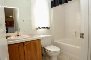 Hall Bath-2