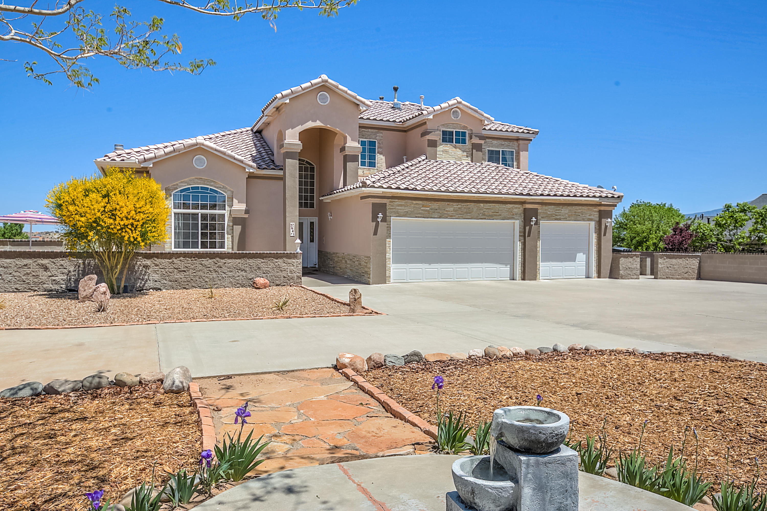 5641 CODY ROAD NE, RIO RANCHO, NM 87144