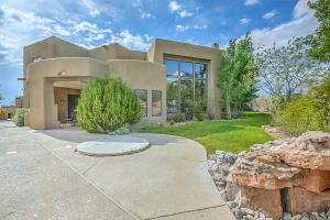 8520 SNAKEDANCE COURT NE, ALBUQUERQUE, NM 87111  Photo 3