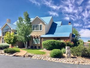 Property for sale at 9602 Del Arroyo Court NE, Albuquerque,  NM 87122