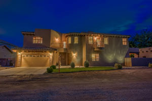 Property for sale at 224 Nico Trail NW, Los Ranchos,  NM 87114