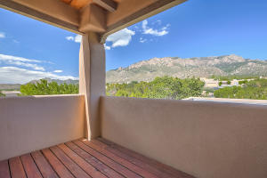 1053 RED OAKS LOOP NE, ALBUQUERQUE, NM 87122  Photo 4