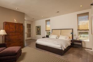 23 Cerrito Rojo Master Bedroom a