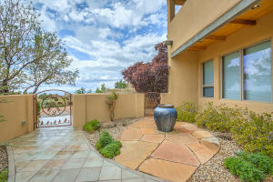 6104 BUFFALO GRASS COURT NE, ALBUQUERQUE, NM 87111  Photo 10