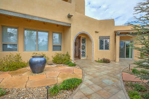 6104 BUFFALO GRASS COURT NE, ALBUQUERQUE, NM 87111  Photo 9