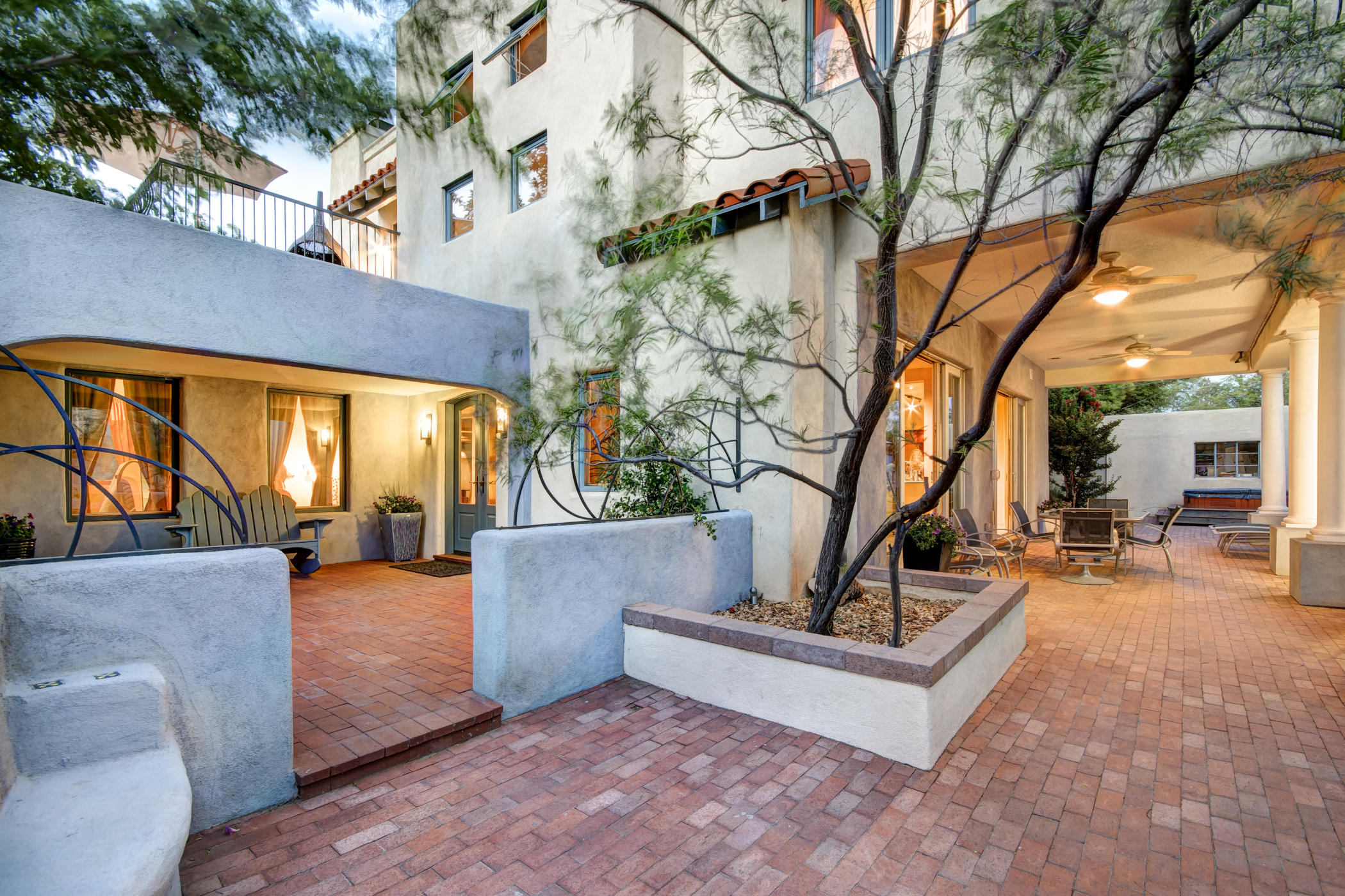 610 RICHMOND DRIVE NE, ALBUQUERQUE, NM 87106