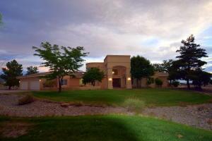Property for sale at 10012 San Bernadino Drive NE, Albuquerque,  NM 87122