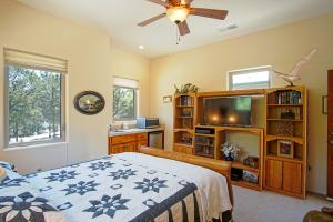 Casita Bedroom/Kitchenette