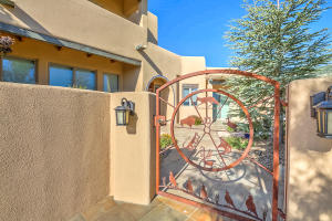 6104 BUFFALO GRASS COURT NE, ALBUQUERQUE, NM 87111  Photo 8