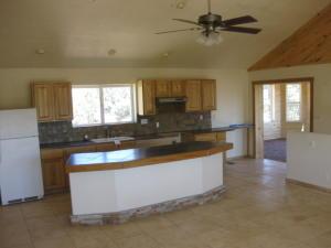 kitchenanddiningbar