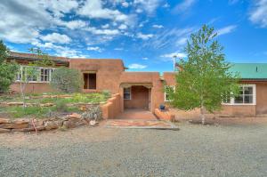 Property for sale at 49 Arroyo Calabasas Road, Santa Fe,  NM 87506