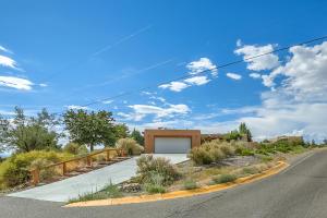Property for sale at 11107 Ranchitos Road NE, Albuquerque,  NM 87122