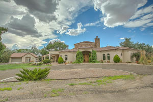 Property for sale at 1 La Sombra Drive, Los Lunas,  NM 87031