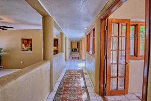 2108 Campbell Rd NW-large-011-13-Campbel