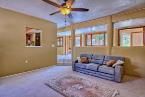 2108 Campbell Rd NW-large-015-23-Campbel