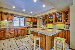 2108 Campbell Rd NW-large-018-31-Campbel