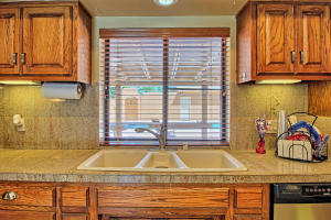 2108 Campbell Rd NW-large-020-85-Campbel