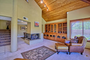 2108 Campbell Rd NW-large-024-58-Campbel