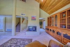 2108 Campbell Rd NW-large-025-27-Campbel