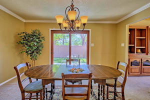 2108 Campbell Rd NW-large-029-78-Campbel