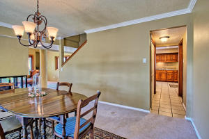 2108 Campbell Rd NW-large-030-75-Campbel