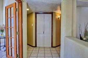 2108 Campbell Rd NW-large-035-43-Campbel