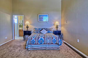 2108 Campbell Rd NW-large-049-33-Campbel