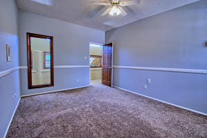 2108 Campbell Rd NW-large-066-62-Campbel