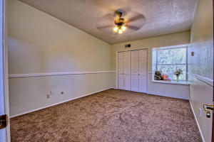 2108 Campbell Rd NW-large-067-54-Campbel