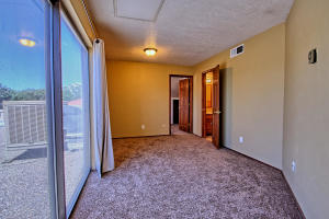 2108 Campbell Rd NW-large-069-64-Campbel